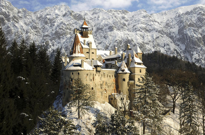 Private Day Trip to Peles and Dracula's Castle with Black Church Brasov from Bucharest