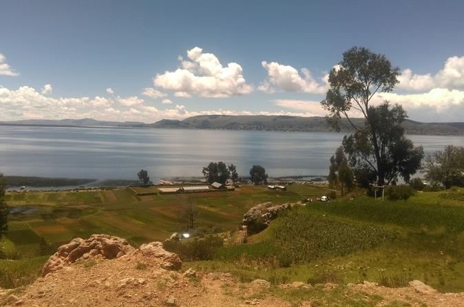 Group Tour with FAST BOAT: Full-Day Titicaca Lake tour: Uros and Taquile