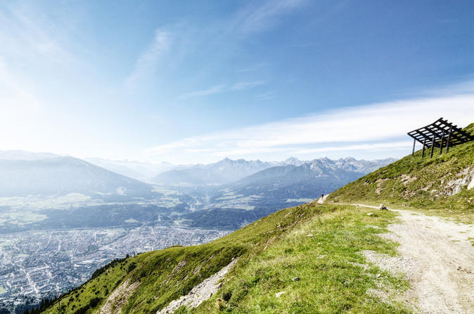 Cable Car Round-Trip from Innsbruck to Seegrube