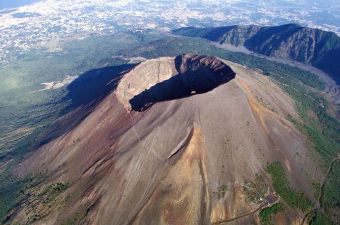 Mount Vesuvius Half-day Coach Tour from Sorrento