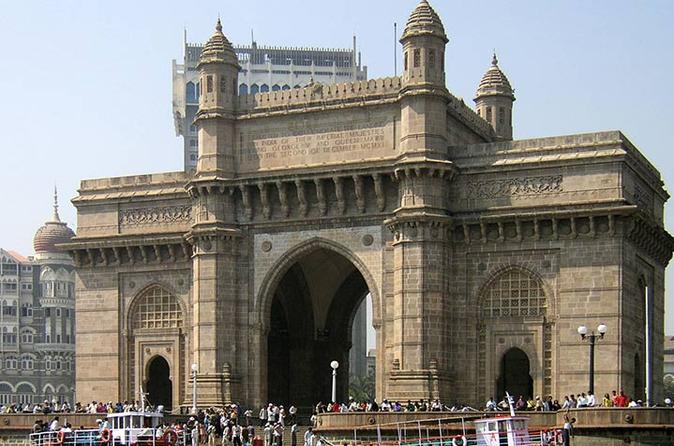 Full-Day Elephanta and Dharavi Slum Tour in Mumbai