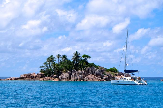 Relaxing cruise on a catamaran in among Seychelles islands - private cabin