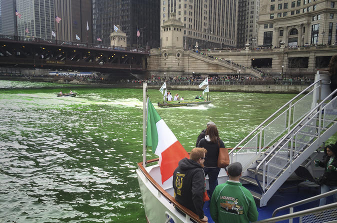 Chicago's 'Greening The River' Photography Tour
