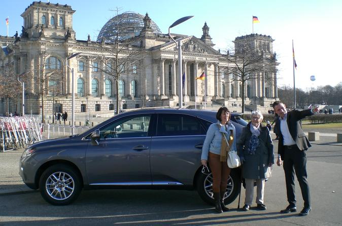 Private Shore Excursion: Full-Day Berlin Sightseeing Tour from Warnemünde