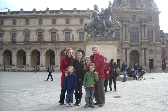 Private Louvre Tour For Families With SkiptheLine Access