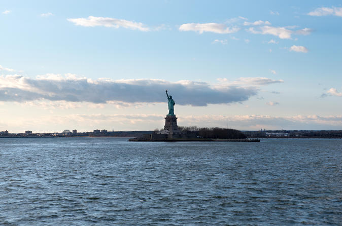 NYC American Revolution Walking Tour and Statue of Liberty Ferry Ticket
