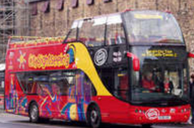 Cardiff-city-hop-on-hop-off-tour-in-cardiff-40703