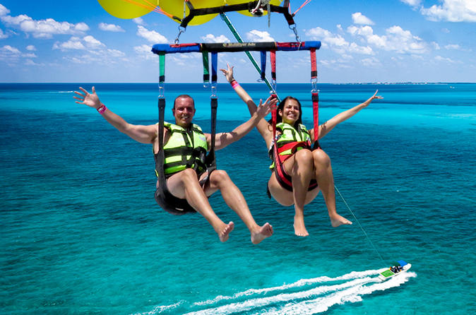 Parasail Adventure from Playa del Carmen or Puerto Morelos Including Transport