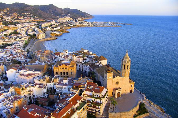 4-day-small-group-tour-from-barcelona-including-montserrat-sitges-and-in-barcelona-49239