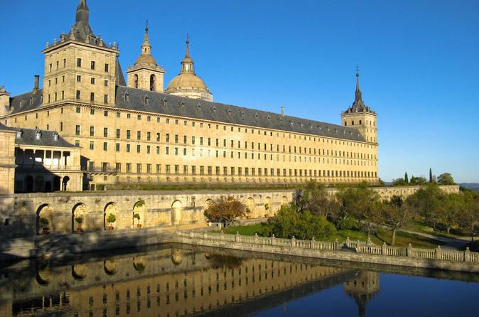 Madrid-super-saver-el-escorial-monastery-valley-of-the-fallen-and-in-madrid-116975