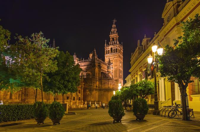 Santa-cruz-evening-walking-tour-in-seville-including-tapas-and-drinks-in-seville-138478
