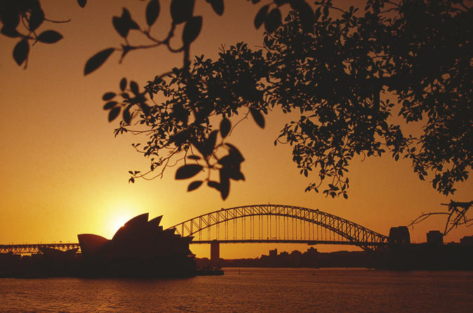 4-day-sydney-tour-city-sightseeing-sydney-harbour-cruise-and-the-blue-in-sydney-128277