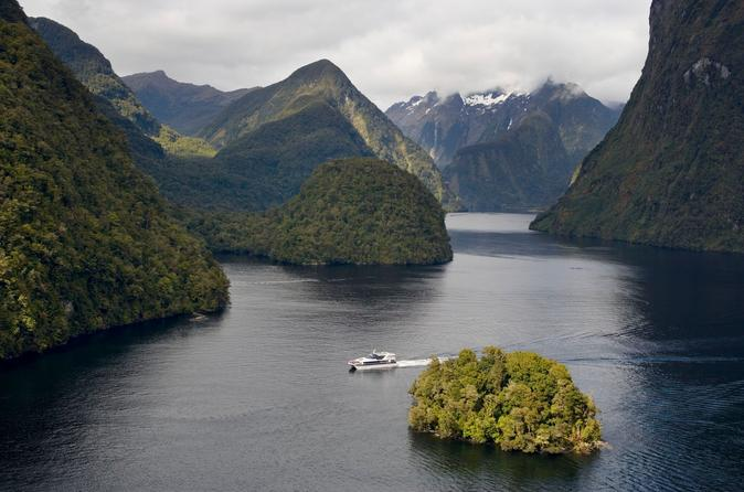 Doubtful Sound Wilderness Cruise from Te Anau or Manapouri