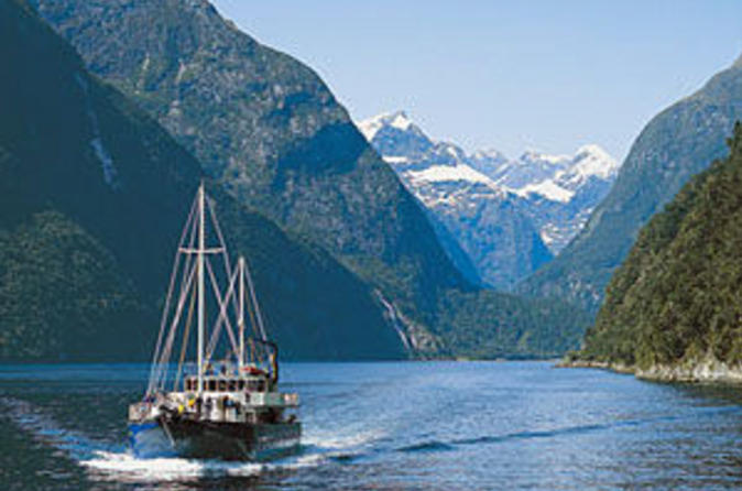 Milford-sound-full-day-tour-from-queenstown-including-helicopter-in-queenstown-41790