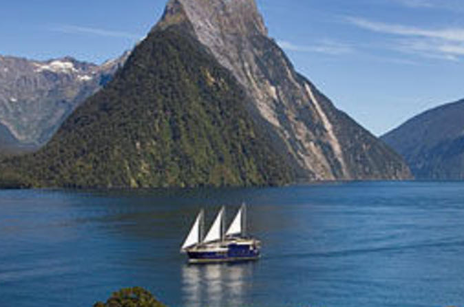 Milford-sound-mariner-overnight-cruise-from-queenstown-in-queenstown-41781
