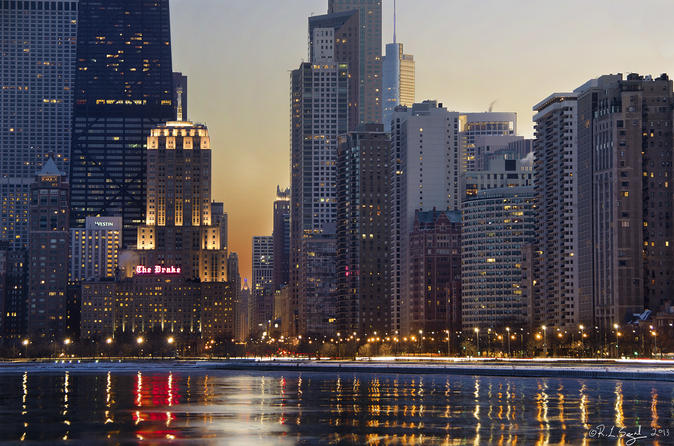 Magnificent Mile Morning Walking Tour in Chicago