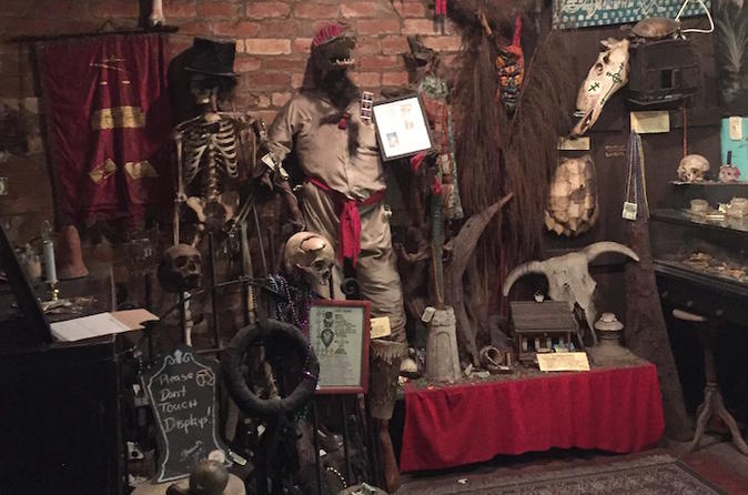Historic Voodoo and Cemetery Tour in New Orleans