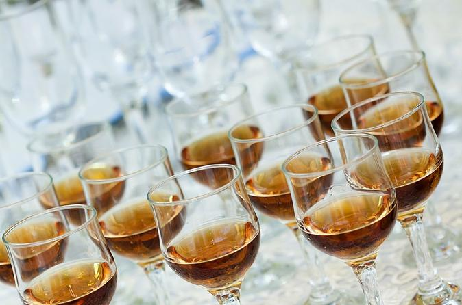 St-lucia-rum-tasting-and-tour-in-castries-155848
