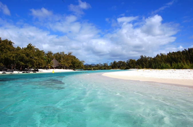 Paradise Cruise to Ile Aux Cerf Island from Trou dEau Douce