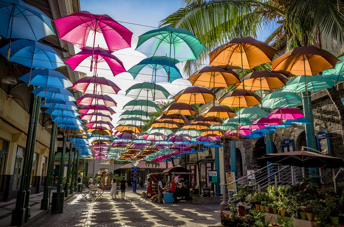 Private Guided Tour of Northern Mauritius with Shopping in Port Louis