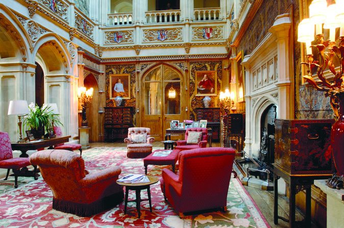 Downton-abbey-christmas-experience-at-highclere-castle-dinner-in-london-145068