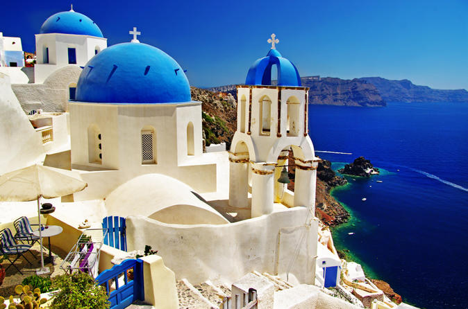 how to get to messaria from santorini port