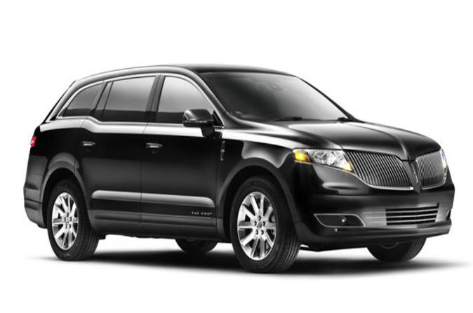 Limousine or Town Car Sedan from LAX Airport to Hollywood or Los Angeles Proper