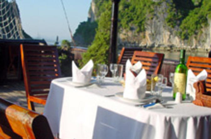 Private-tour-deluxe-halong-bay-day-cruise-including-seafood-lunch-in-hanoi-21807