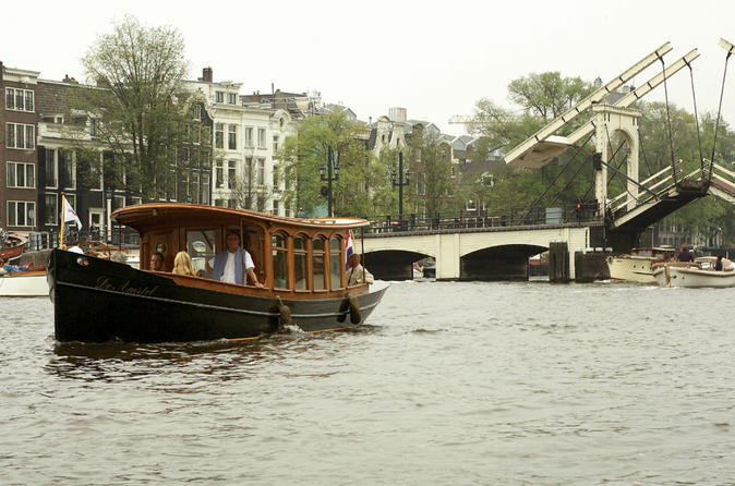 Private-tour-amsterdam-canals-sightseeing-cruise-in-amsterdam-158819
