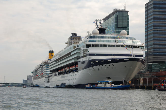 Amsterdam-arrival-transfer-cruise-port-to-central-amsterdam-in-amsterdam-131687