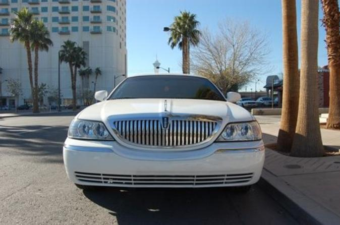 Private-las-vegas-airport-to-hotel-luxury-limousine-transfer-in-las-vegas-39832