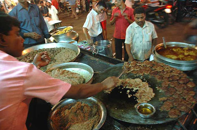 Lucknow Culinary Walk with Food Tastings