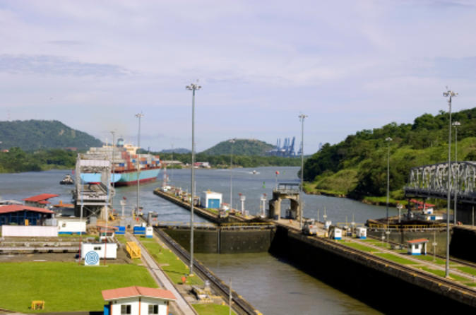 Panama-canal-partial-transit-sightseeing-cruise-in-panama-city-50142