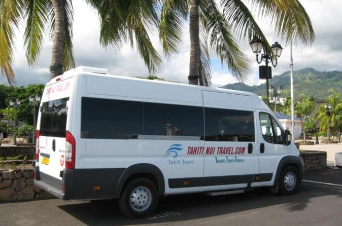 Shared Departure Transfer: Hotel or Cruise Port to Papeete Airport