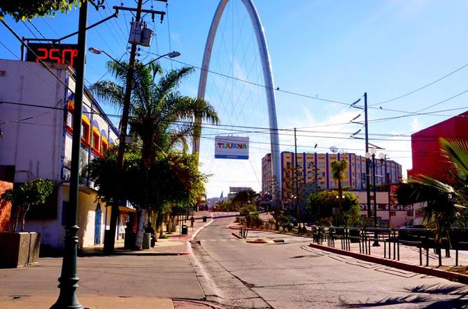 Crossing Borders: Tijuana Day Trip from San Diego