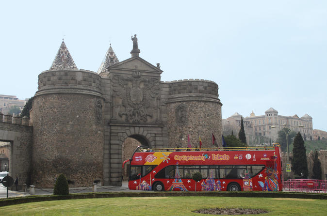 City Sightseeing Toledo Hop on Hop off Bus Tour: Experience Pass 24 Hour