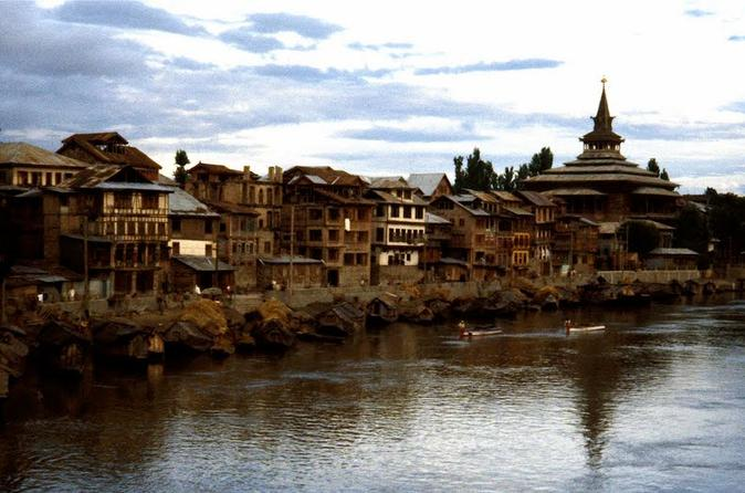 Private Tour: Full-Day Old Srinagar Walking Tour