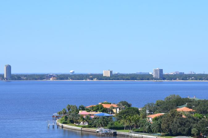 Helicopter-tour-of-tampa-bay-and-davis-island-in-tampa-109941