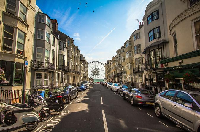 Brighton: Book a Local Host for 4 hours