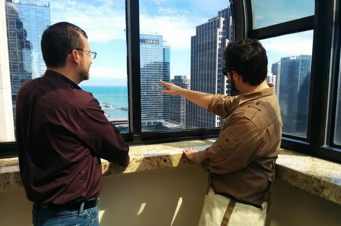 Chicago Architecture Walking Tour: High-Up and Low-Down Views of the City