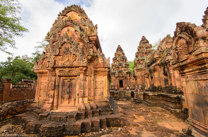 Banteay Srei Temple and More  Small Group Tour