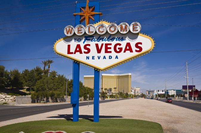 Anaheim to Las Vegas Luxury Transfer Service