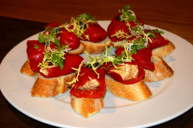 Tapas-evening-walking-tour-of-barcelona-in-barcelona-137587