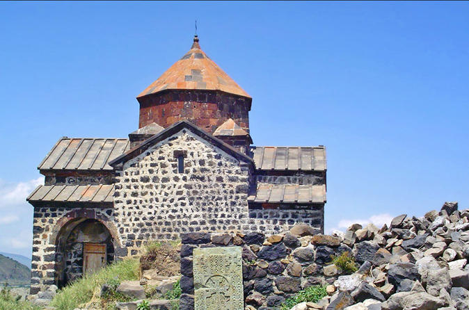 Private Full-Day Tsaghkadzor, Kecharis, Lake Sevan, Sevanavank Tour from Yerevan