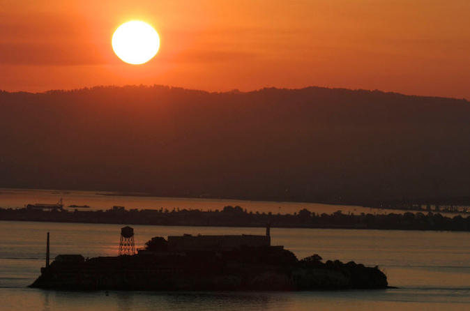 2-Day Alcatraz Evening Tour and Yosemite Day Tour with Aquarium Admission