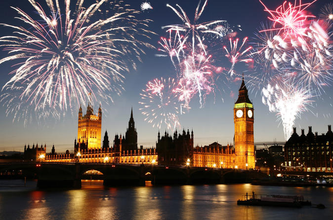 New-year-s-eve-river-party-cruise-and-fireworks-display-in-london-in-london-139989