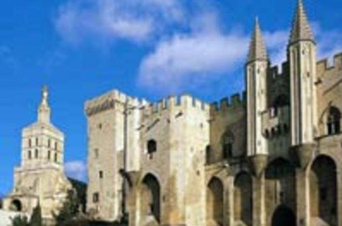 Avignon-and-provence-independent-city-tour-in-avignon-30899