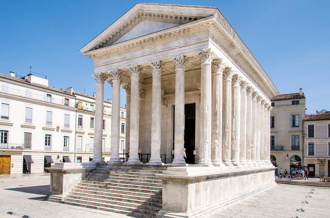 Private-provence-tour-in-the-footsteps-of-the-romans-in-avignon-152594