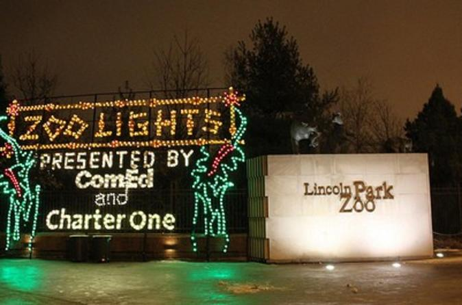 Chicago-holiday-lights-trolley-and-christmas-market-tour-in-chicago-122854