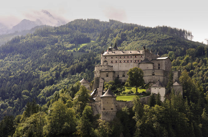 Hohenwerfen-fortress-day-trip-from-salzburg-including-falconry-show-in-salzburg-140673